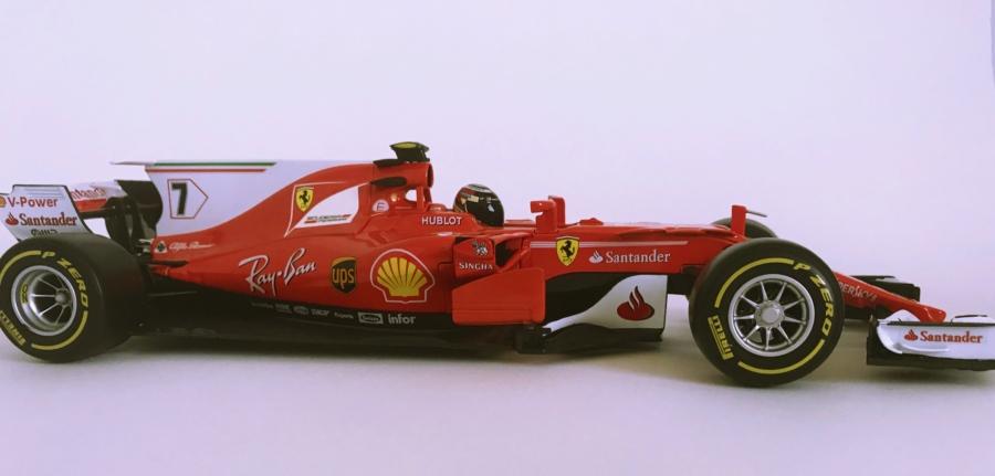 Review: Kimi Raikkonen Ferrari SF70H,Bburago